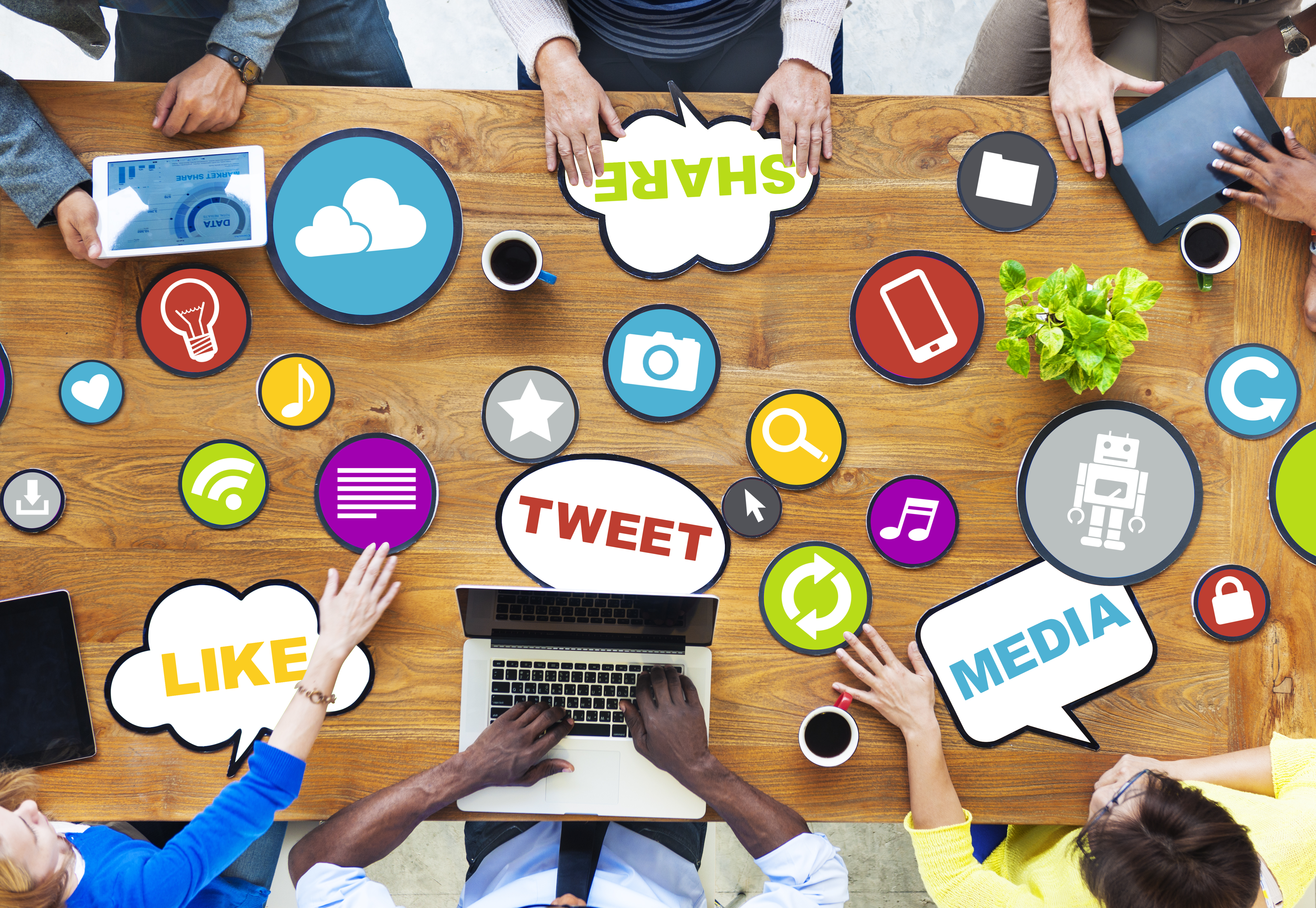 social medias impact on youth marketing essay Online social media have gained astounding worldwide growth and popularity which has led to attracting attention from variety of researchers globally although with time all generations have come to embrace the changes social network has brought about.