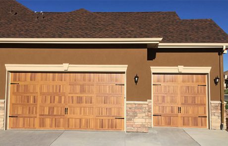 Top 4 Qualities That You Want in a New Commercial Garage Door
