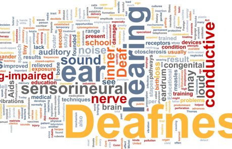 5 Signs You Are Experiencing Hearing Loss