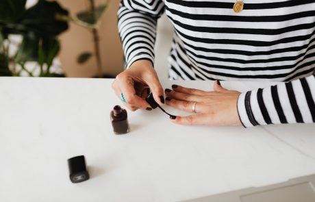 What Are Press On Nails?