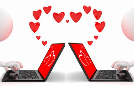 Why Online Dating Is a Huge Hit