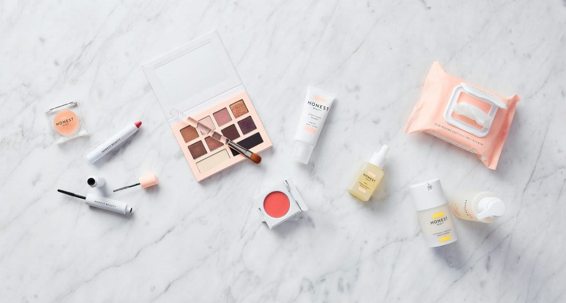 10 Wellness Benefits of Wearing Cosmetics